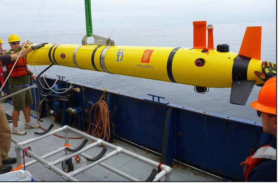 Echoes in the deep: Robots with fish finders