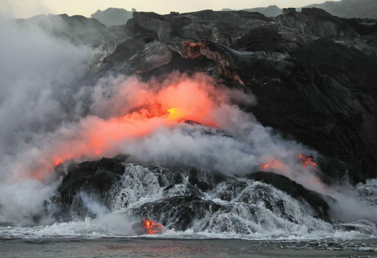 Undersea Volcanoes Explode Dramatically